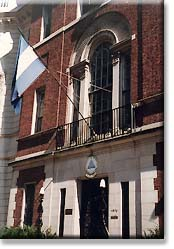 The flag of Nicaragua flying on the Embassy on New Hampshire Avenue.